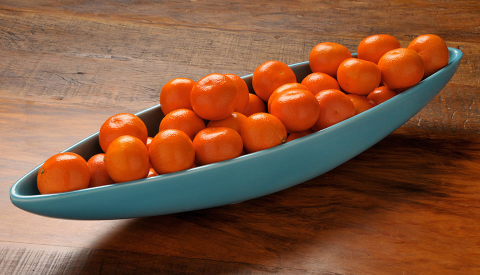 canoe pot oranges